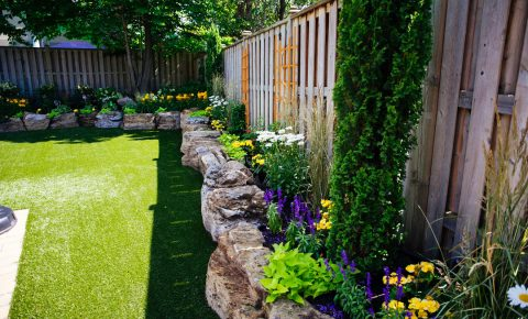 plantingandgardens_retainingwall_syntheticgrass_6_1