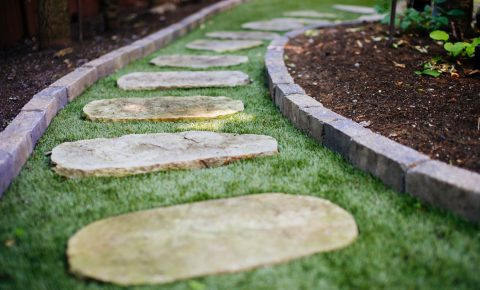 syntheticgrass_walkwayandpatioandstaircase_8_1